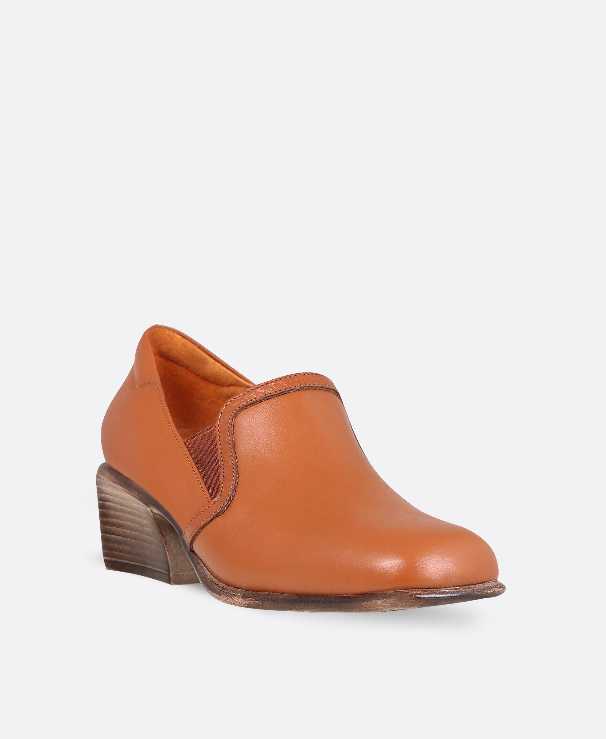کفش زنانه چرم 0102